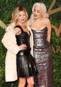 Kate-Moss-and-Rita-Ora-attend-the-British-Fashion-Awards-2876992