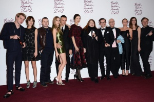 la_alfombra_roja_de_los_british_fashion_awards_2012_894154748_1200x800