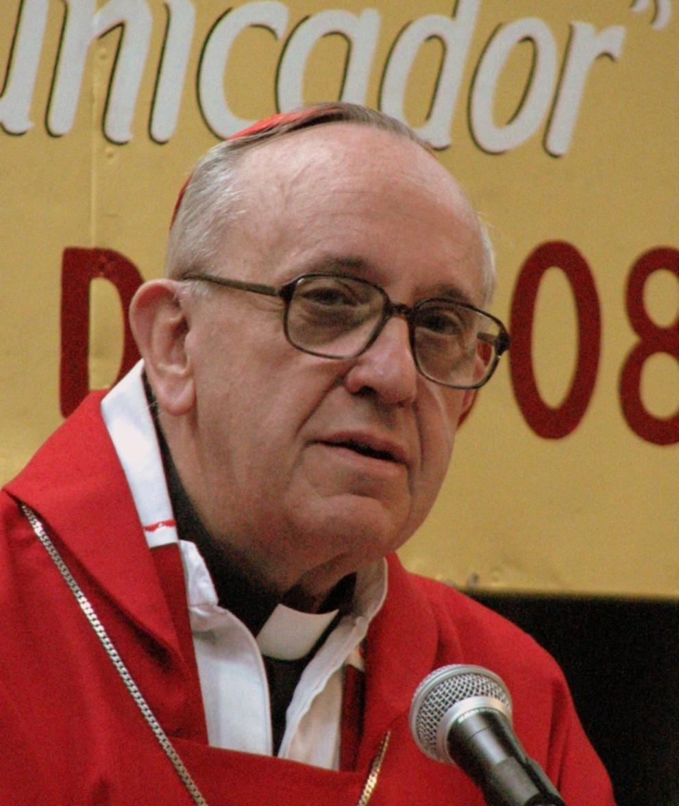 Card._Jorge_Bergoglio_SJ,_2008